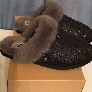 UGG Sparkle Scuffette Slippers size 6 NEW